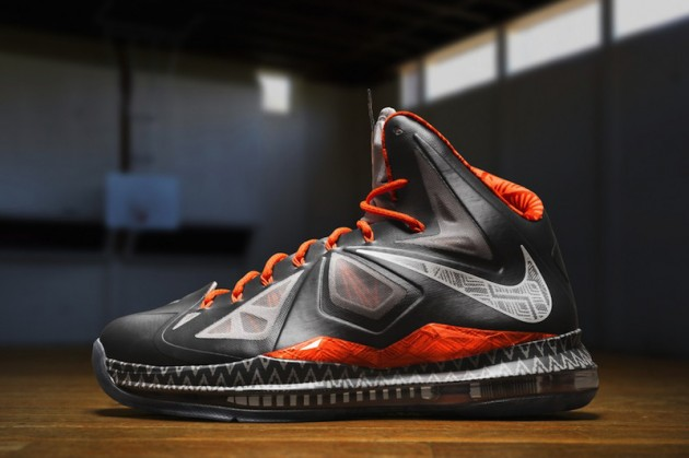 Nike-Pays-Tribute-to-Black-History-Month-with-BHM-Collection-07-630x419