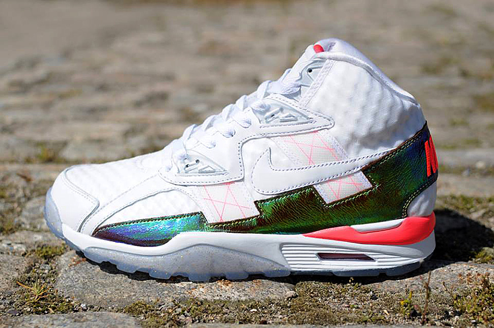Nike-Air-Trainer-SC-High-hyper-punch
