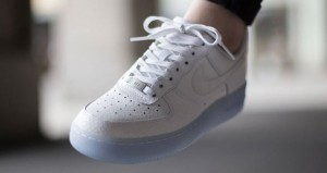 nike-wmns-air-force-1-low-white-1-681x363