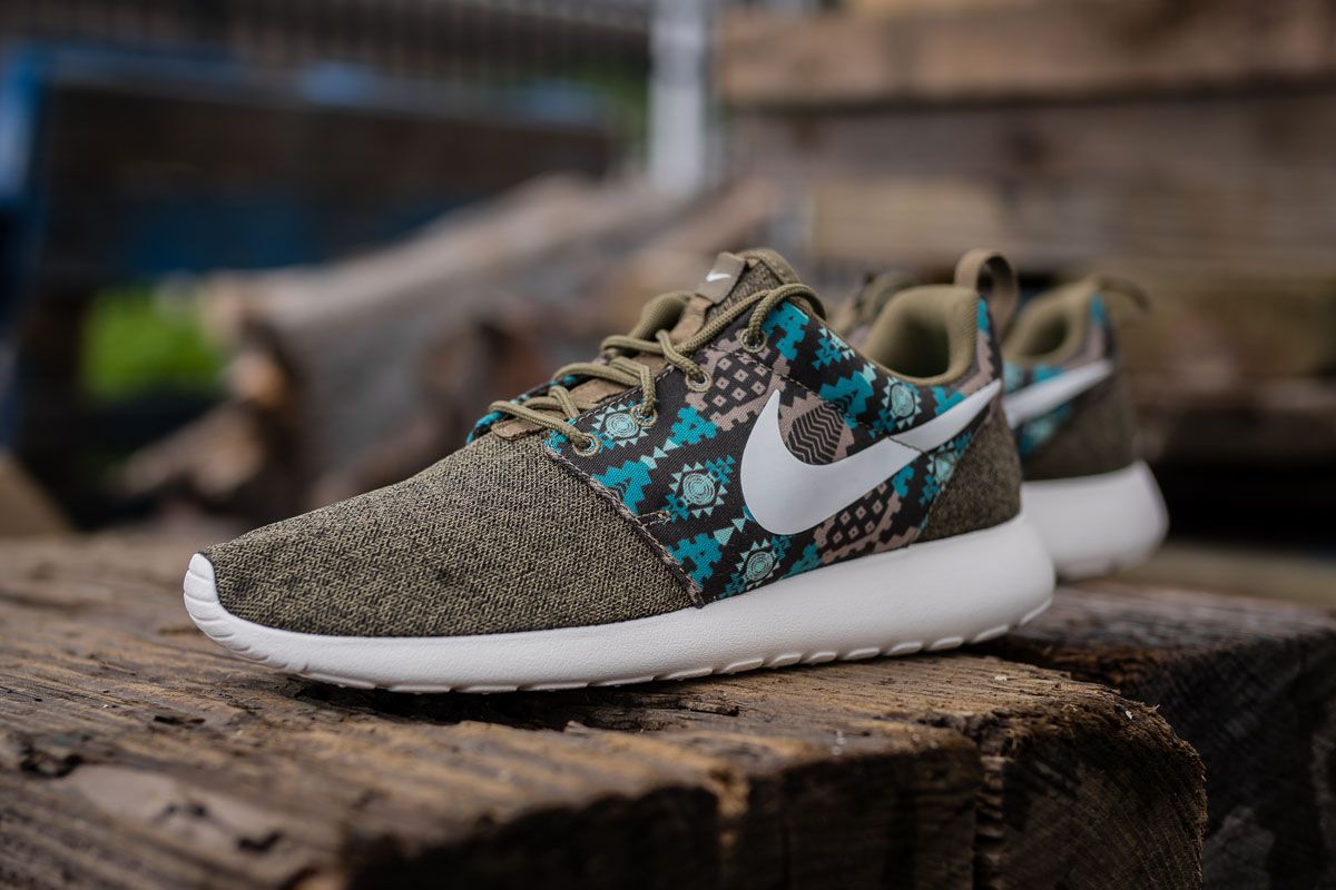 sale retailer e7117 cc4df nike-roshe-one-images-by-flyhumanbeyond-7